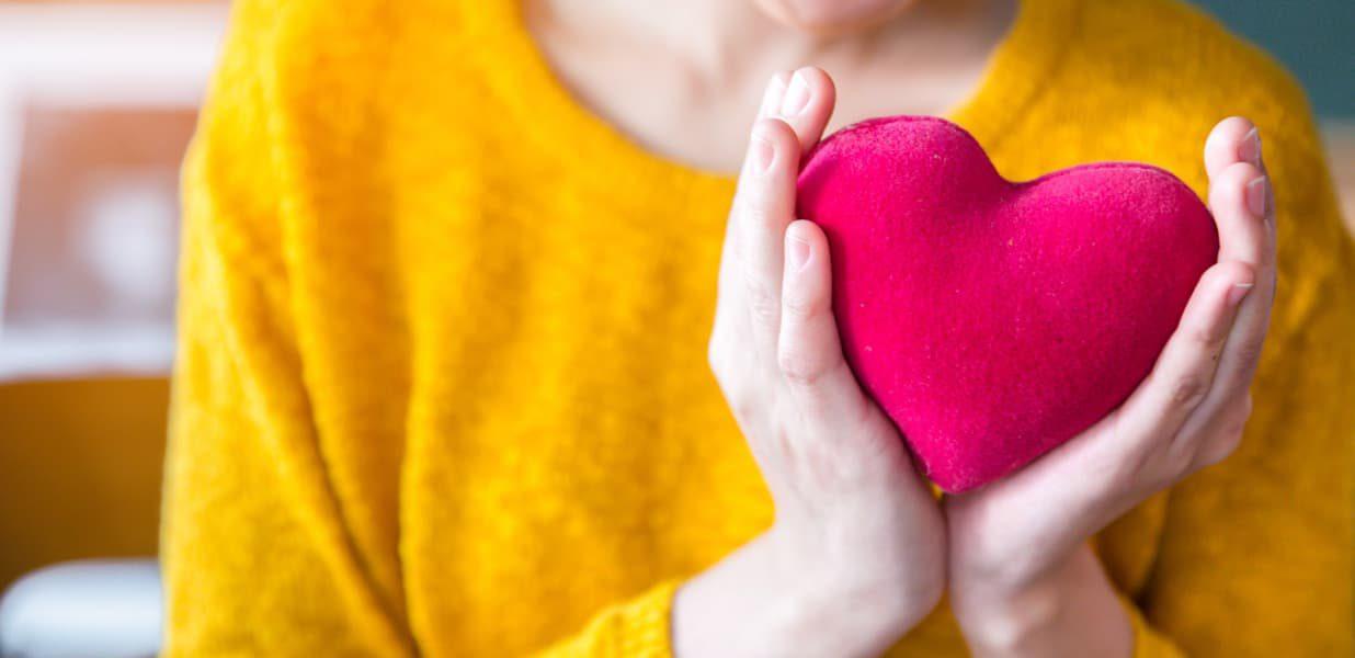 Hands-holding-heart.jpg