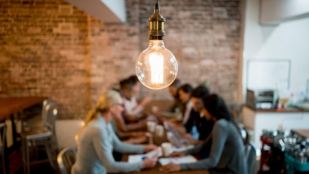 Lightbulb-in-meeting.jpg