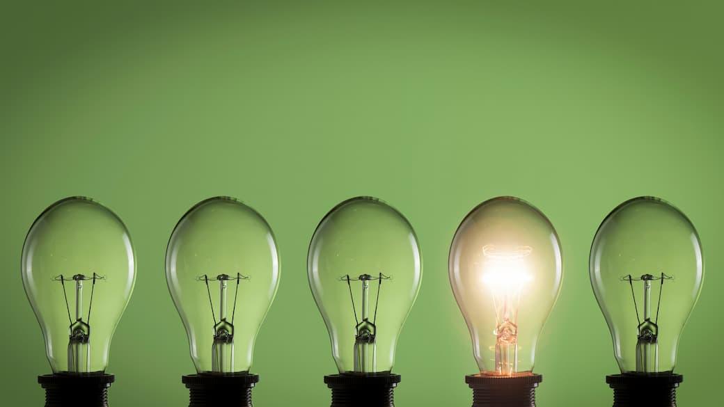 Green-lightbulbs.jpg